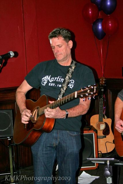 Acoustic Thursday with Bruce Brophy